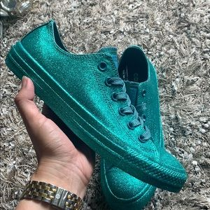 🎊HP Converse turquoise blue all glitter sneakers